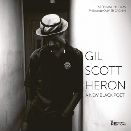 "Livre ""Gil Scott Heron-A-new-black-poet"""